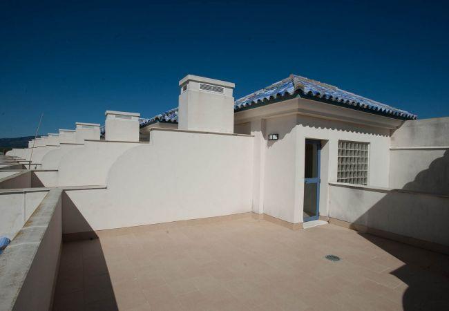 Ferienwohnung in Tarifa - 85 - Ático terraza y piscina